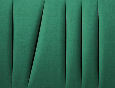 Lucio Fontana : fentes, trous et paillettes