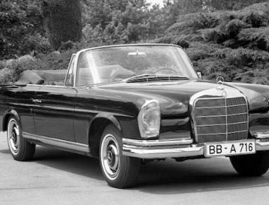 Saga Mercedes #2 : Heckflosse W111/112