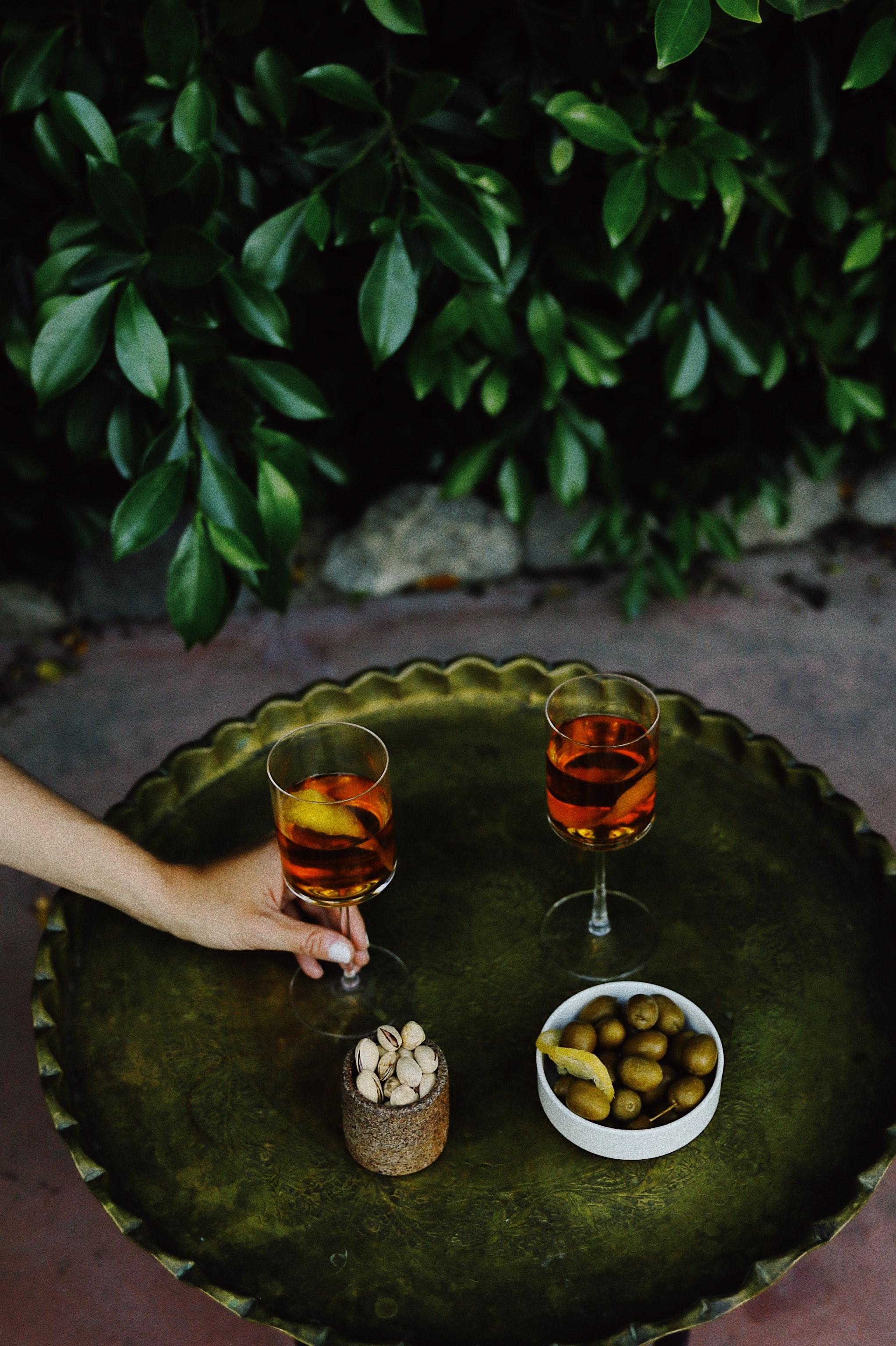 cocktail-taylor-simpson-unsplash