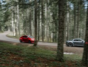 Toyota Yaris GR vs Alpine A110