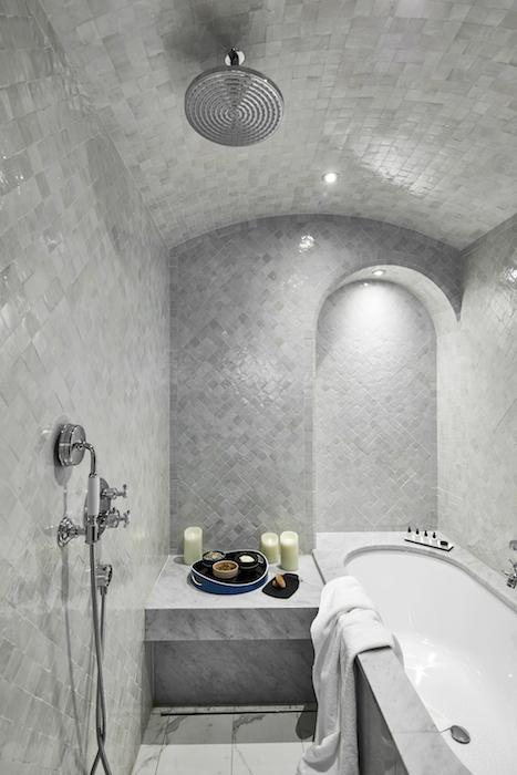 le-roch-hotel-spa-paris-les-hardis-5