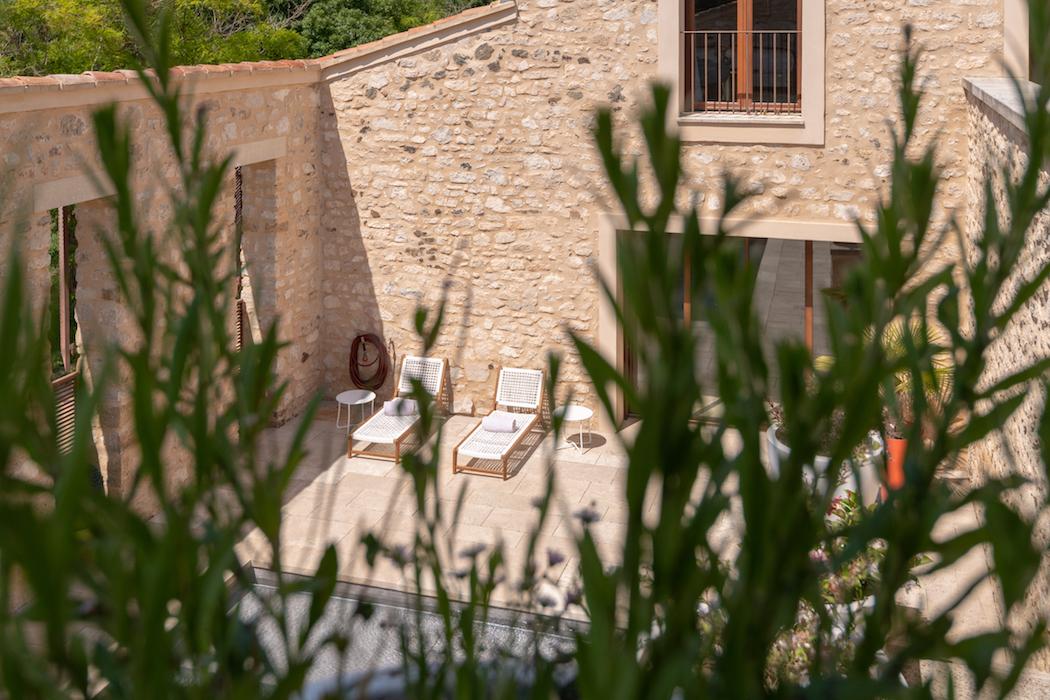 3-hotels-sud-les-hardis-villa-berangere-1